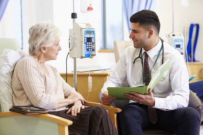 rozmowa pacjentki z lekarzem