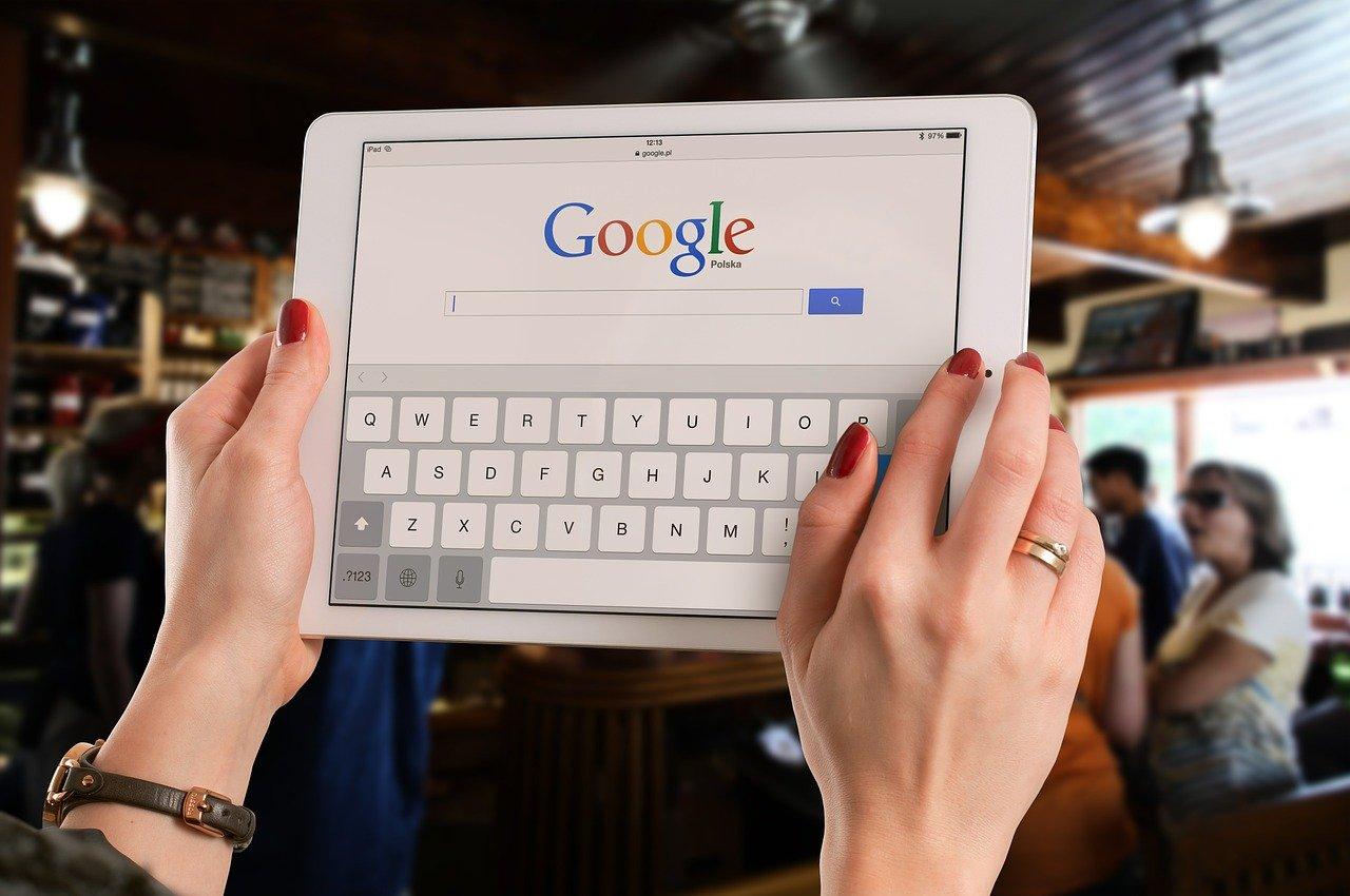 tablet i wyszukiwarka google