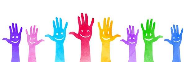 kolorowe uśmiechnięte dłonie, wolontariat