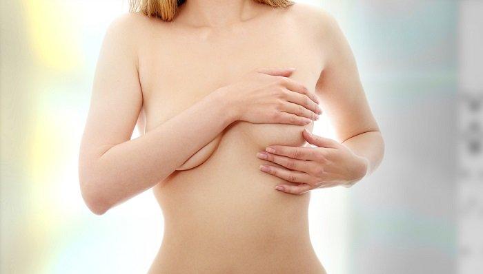 badanie palpacyjne piersi